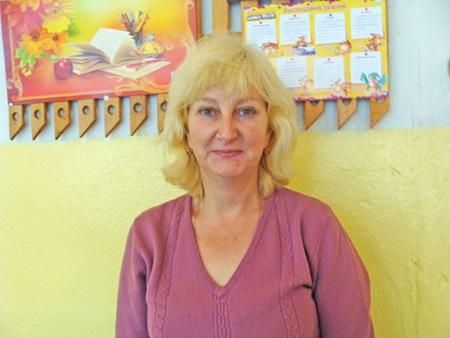 Наталья Павловна Алексеева - учитель начальной школы МСШ №1