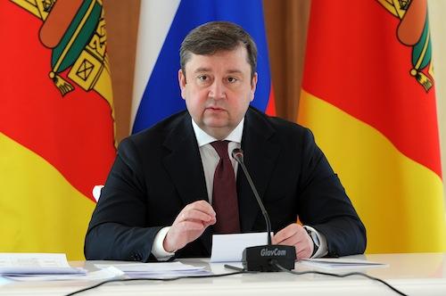 Губернатор Андрей Шевелёв