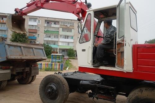 Работы по строительству новой асфальтированной дороги на ул. Спортивная