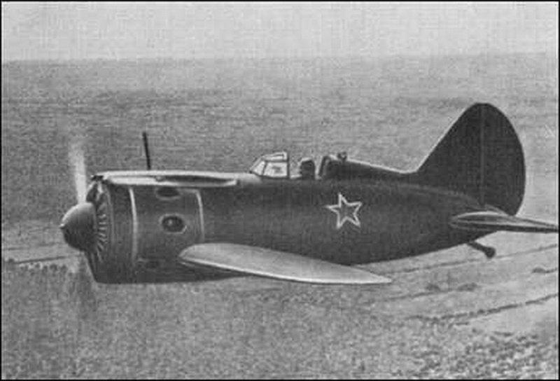 С аэродрома Новосибирского авиазавода 75 лет назад поднялся …